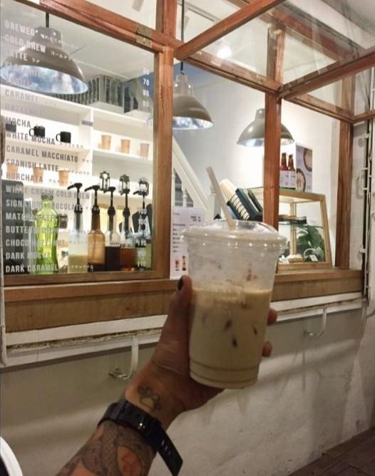 roadside coffee shop - Typica in Makati