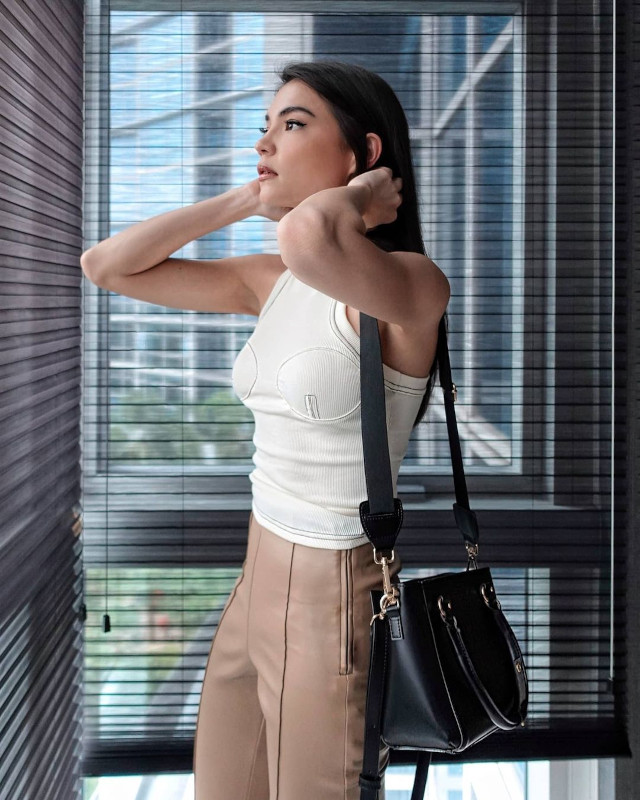 Rhian Ramos neutral-colored outfit 10