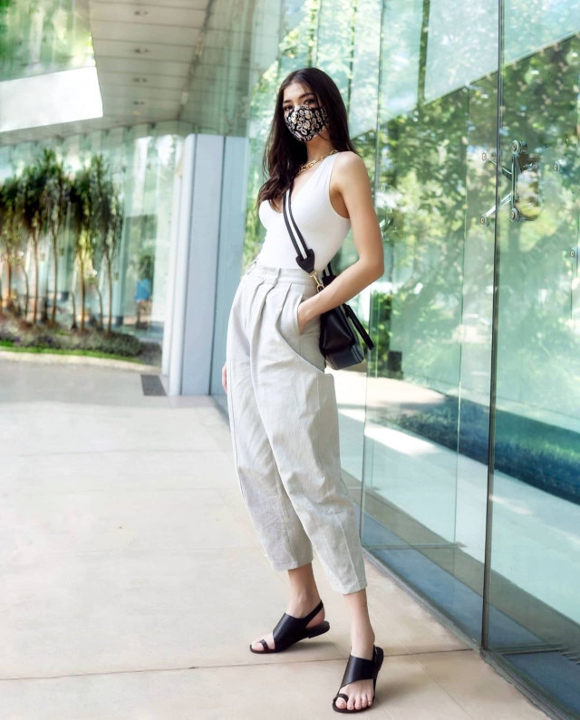 Rhian Ramos neutral-colored outfit 4