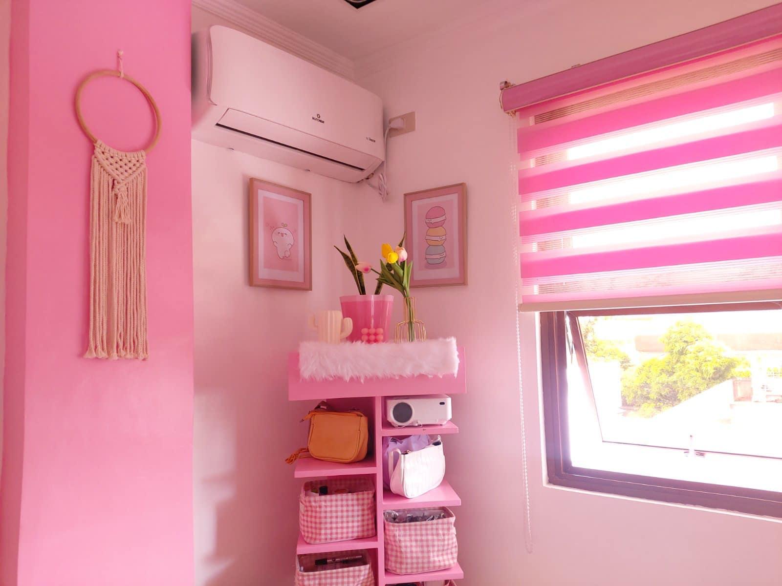 all-pink bedroom - corner