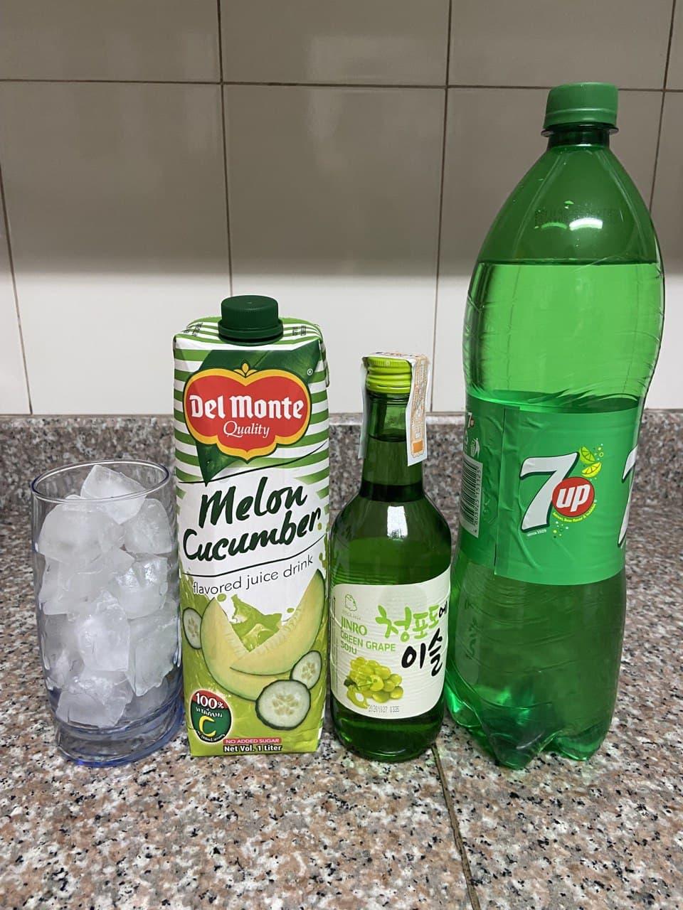 Soju cocktail recipe: ingredients (ice, melon cucumber juice, soju, and lemon soda)