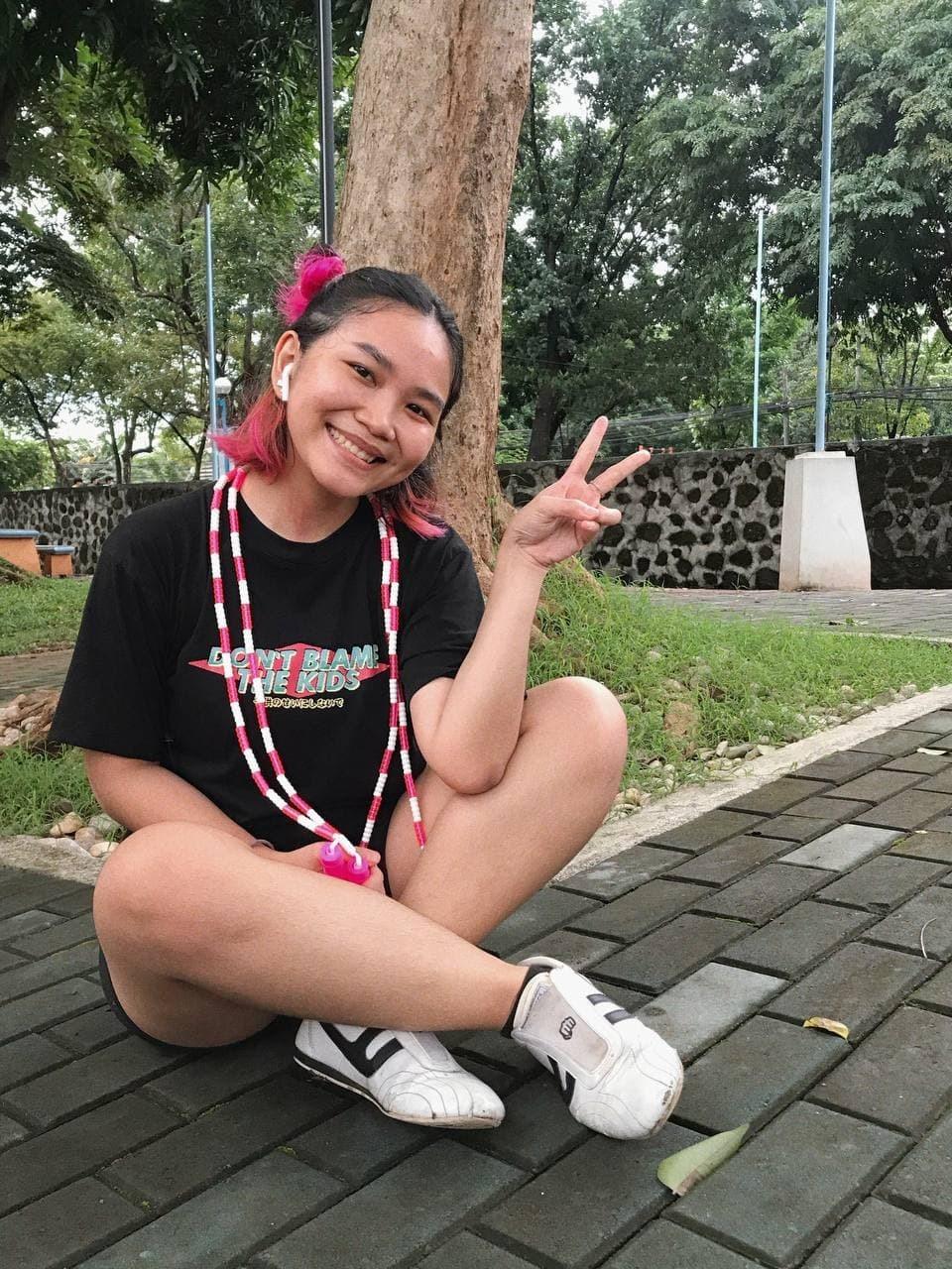 Pinay with jump rope