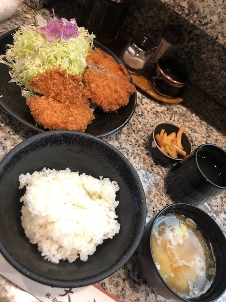 My Perfect Food Day: tonkatsu, cabbage, and miso soup