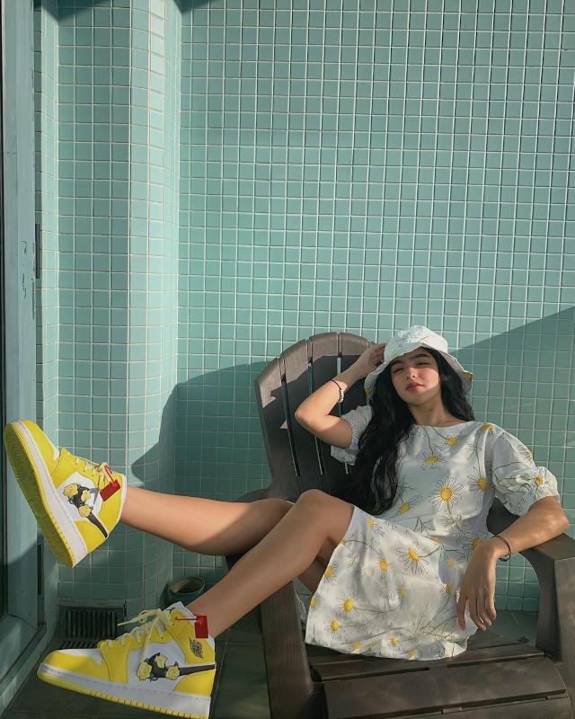 Andrea Brillantes wearing a printed puff sleeve dress