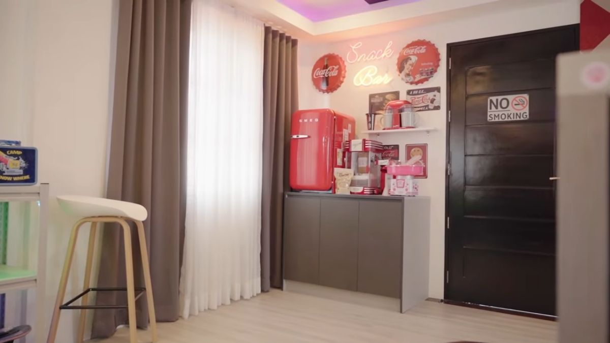 ANDREA BRILLANTES - room makeover, snack bar