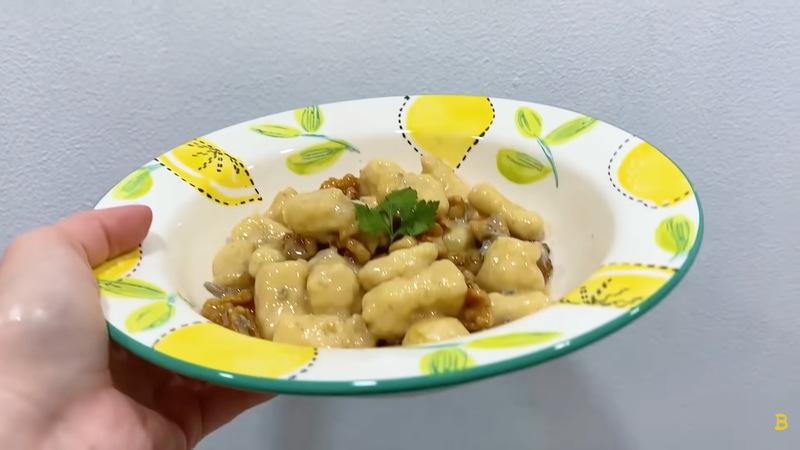 Bela Padilla & Norman Bay's Taste of Home episode 1: gnocchi taste test