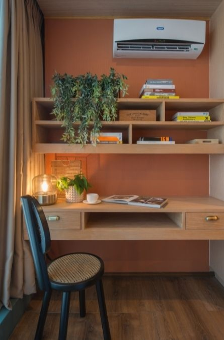 bedroom wall design ideas; study table