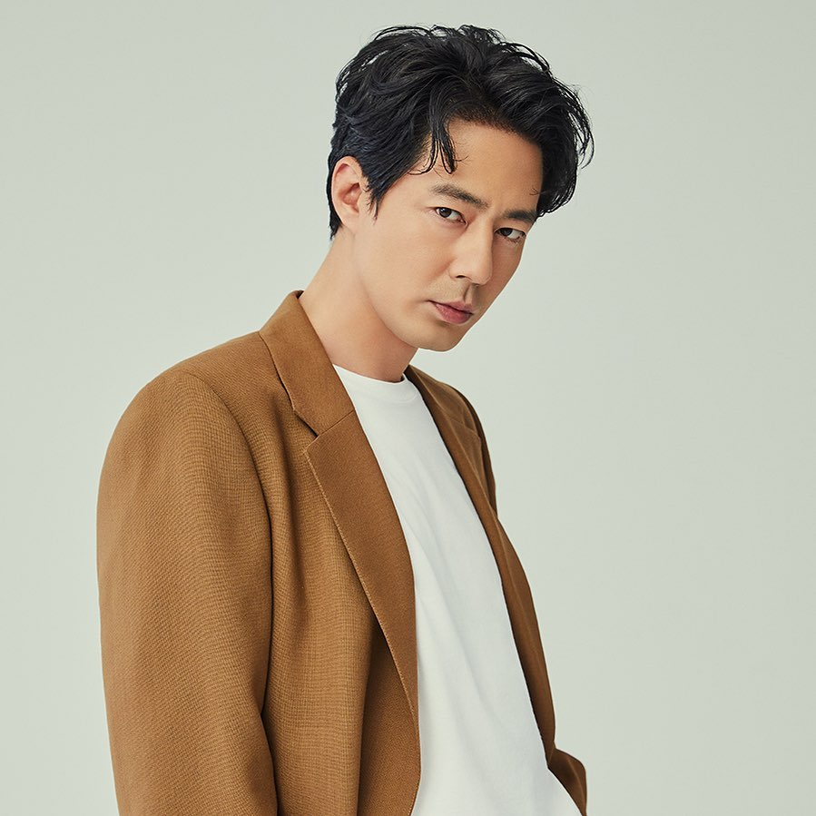 Korean actors who don't have official social media accounts: Jo In Sung