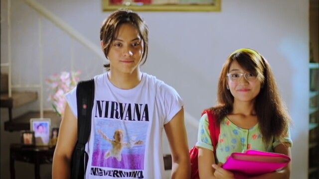she's dating the gangster movie