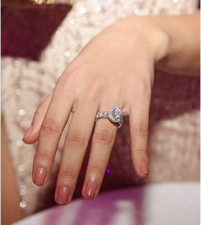 engagement ring sarah lahbati