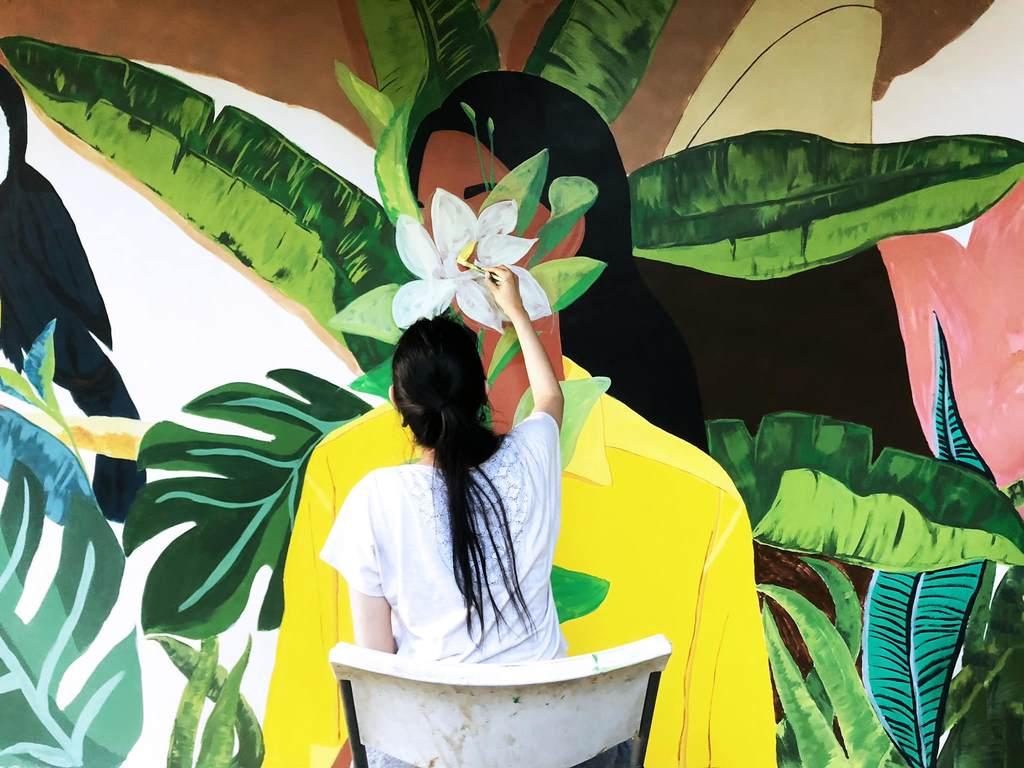 Mural artist Avin del Rosario