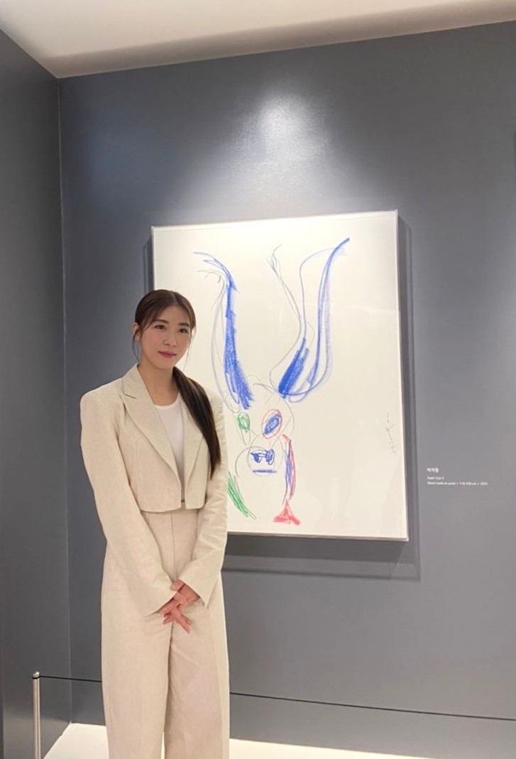 Korean actors who've established their entertainment agencies: Ha Ji Won