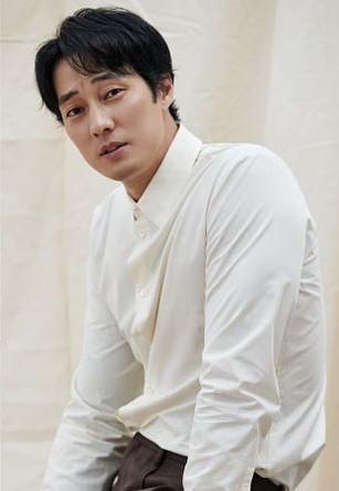 Korean actors who've established their entertainment agencies: So Ji Sub