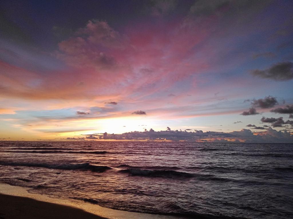 The famous Elyu sunset