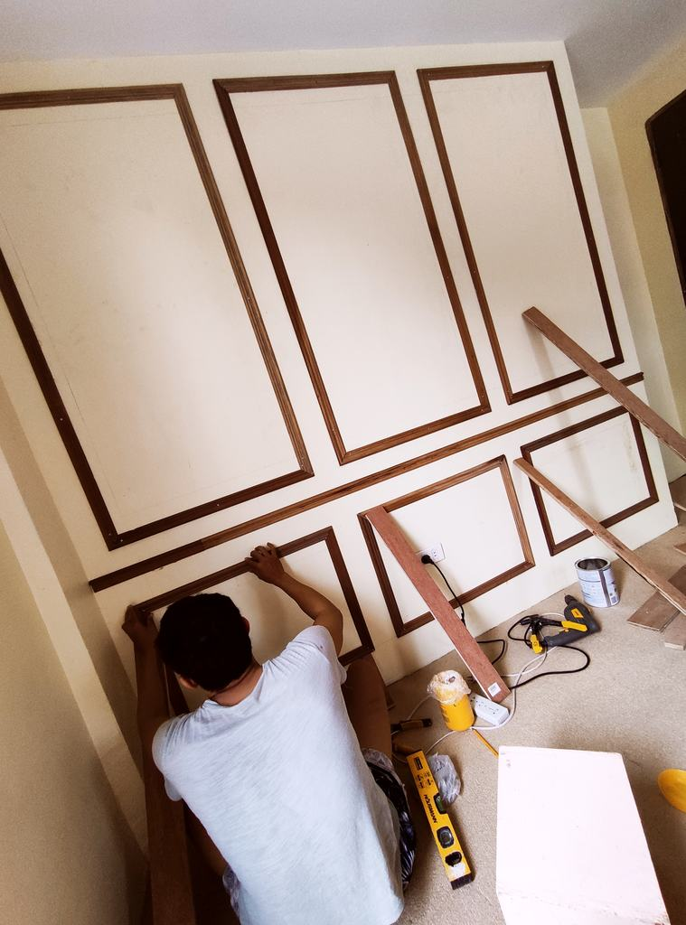 Room makeover under P15,000: wall mouldings
