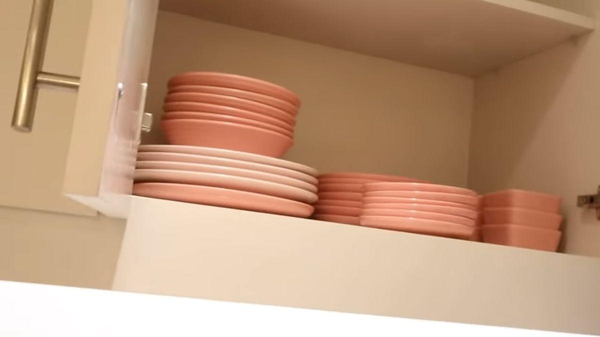 Kim Chiu condo tour -  pink plates collection