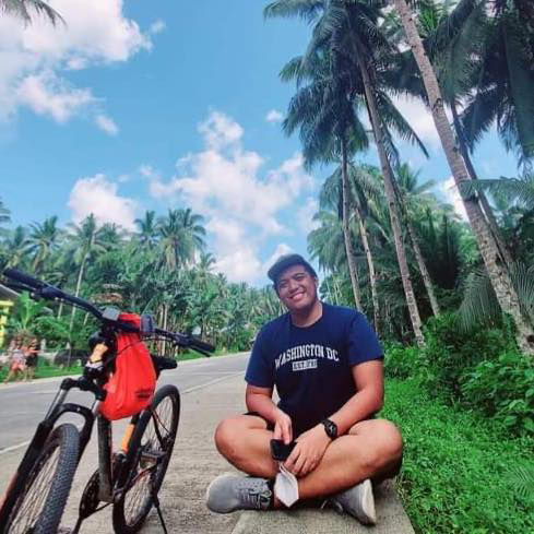 Dr. TJ Manalang, doctor based in Siargao