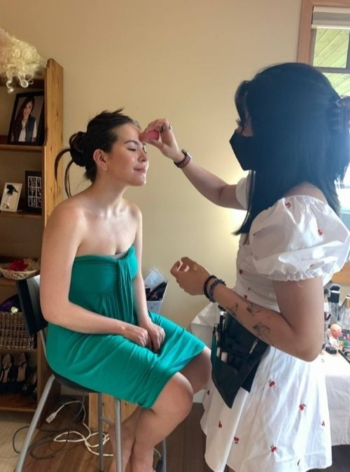 Pinay shares what it's like to graduate during a pandemic - makeup and glam time