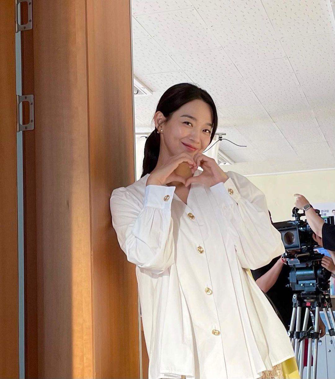 Shin Min Ah at the taping of Hometown Cha-Cha-Cha