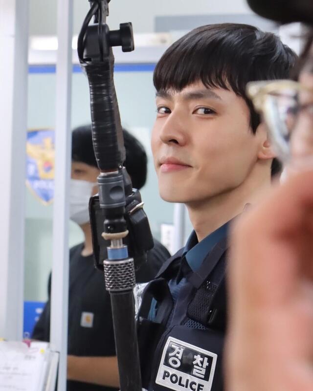 hometown cha cha cha cast instagram accounts guide: Kang Hyung Suk