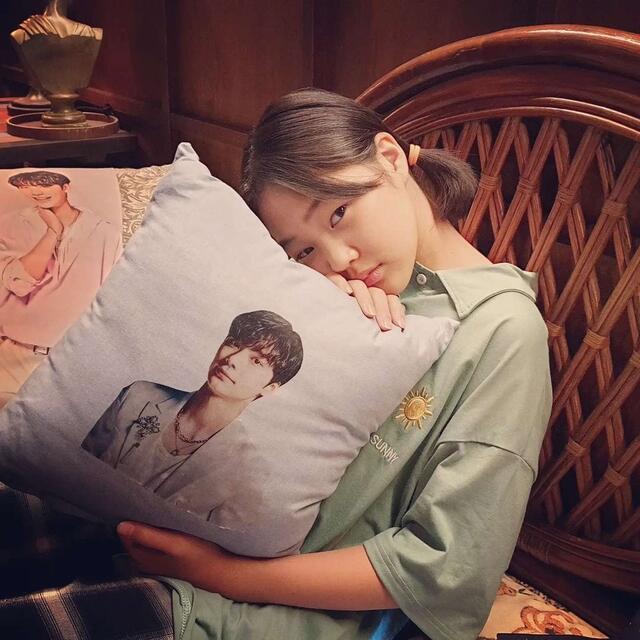 hometown cha cha cha cast instagram accounts guide: Kim Min Seo