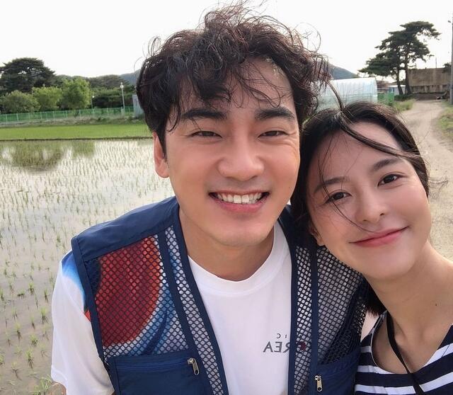 hometown cha cha cha cast instagram accounts guide: Kim Ju Yeon