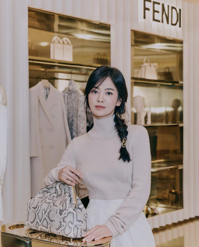 Song Hye Kyo Side brain hairstyle