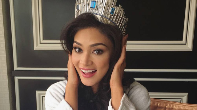 people are hating on pia wurtzbach 39 s first instagram post as miss universe 2015. Black Bedroom Furniture Sets. Home Design Ideas