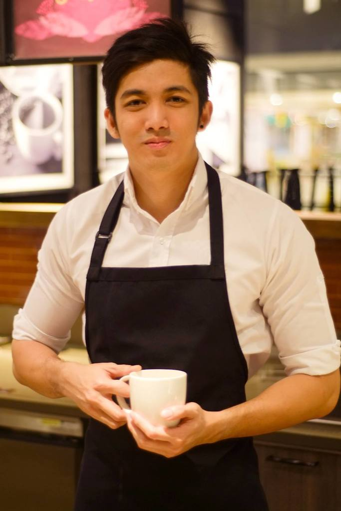 starbucks baristas dating Starbucks tips for baristas and starbucks faster - a guide for starbucks same for if an asm was friends with outside of work or dating a shift or barista.