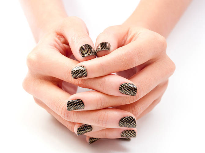 DIY Nails: Foil Stickers | Cosmo.ph