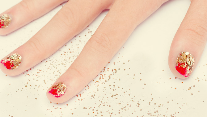 Holi Nails Glitter All The Way Cosmo