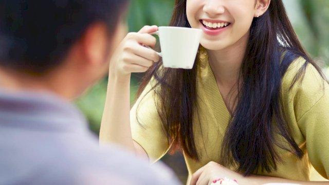 Relationships  Cosmopolitan Philippines-7223