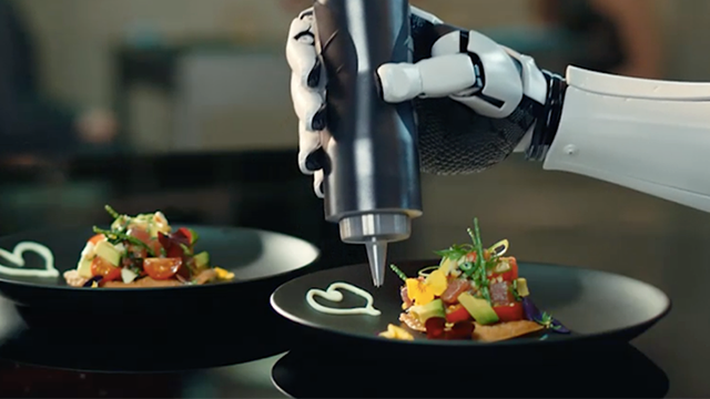 A robot perfect for lazy people who hate cooking