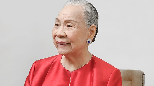 Founder Socorro Ramos Spent Only Php200 To Open National Book Store