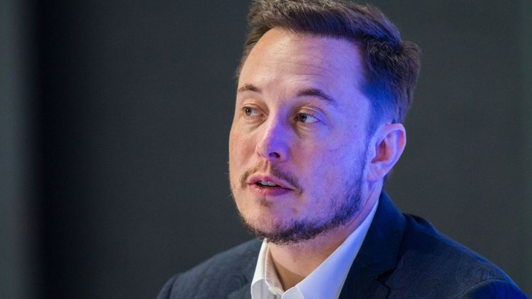Elon Musk Sleeps at Tesla's Factory to Try to Get it Back on Track
