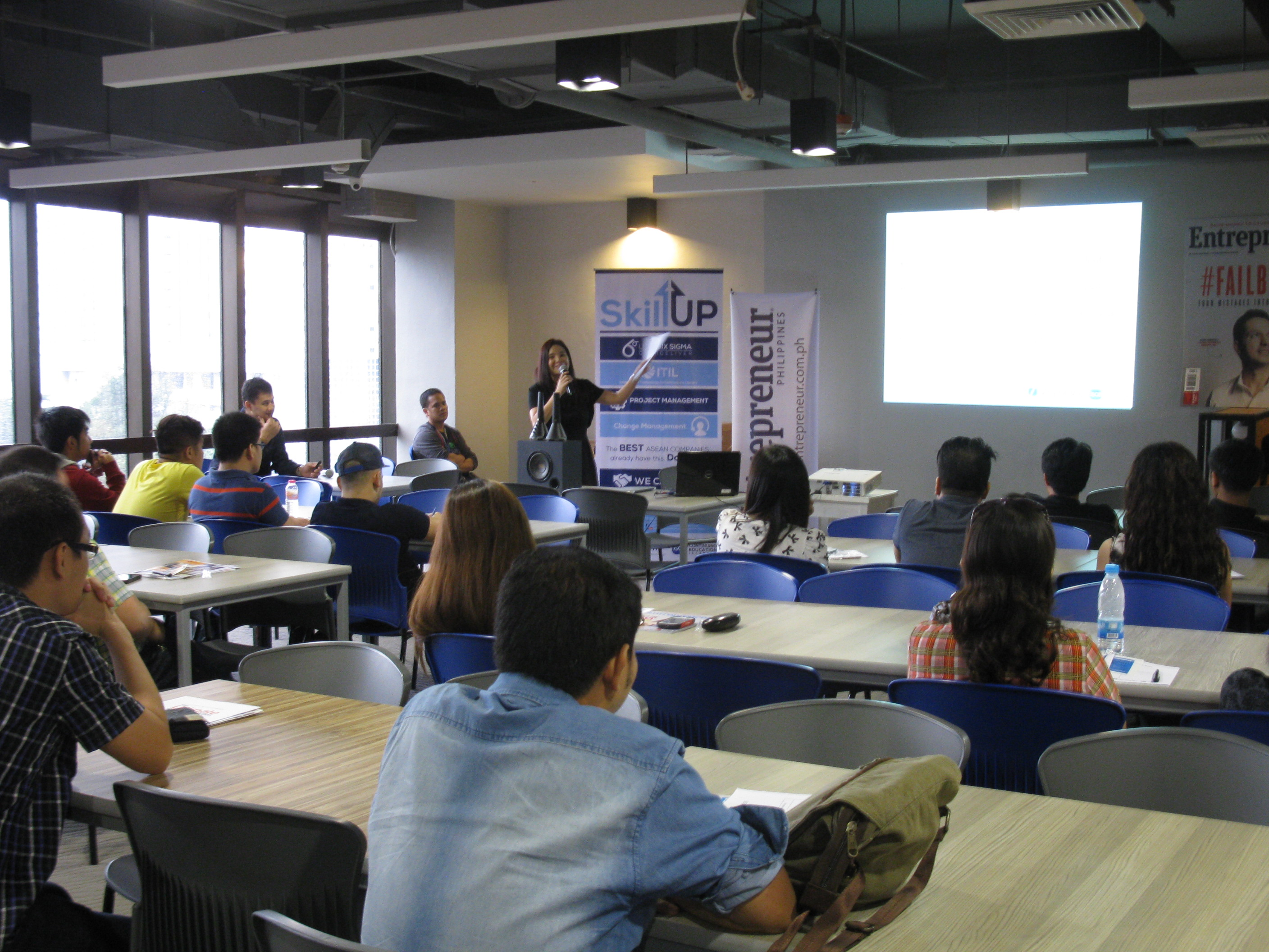 iAcademy's 'Startup Brew' seminar encourages employees to become entrepreneurs
