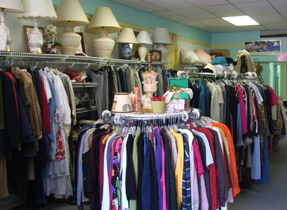 Yes, thrift shops should issue receipts