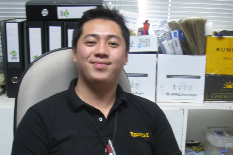 Young entrepreneur overcomes tough challenges of the logistics industry