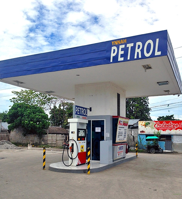 petrol station marketing mix Indian oil, which controls over 50% of fuel sales, expects petrol sales this fiscal to climb 11% and diesel by about 3% the private players exited retailing when the per litre losses mounted to a whopping rs 25 on petrol and diesel as oil prices spiked above $120 a barrel.