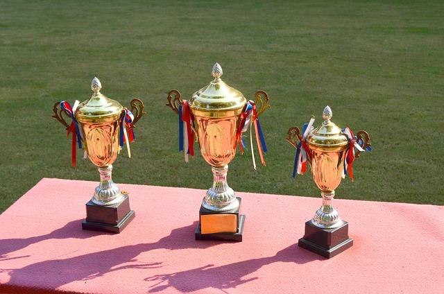 trophy_83115_640.jpg