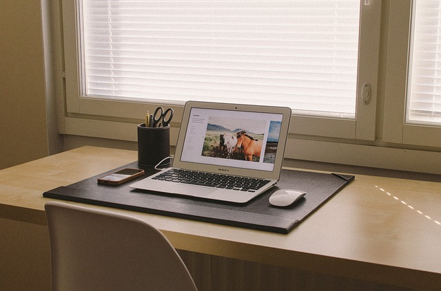 3 tips for organizing your home office