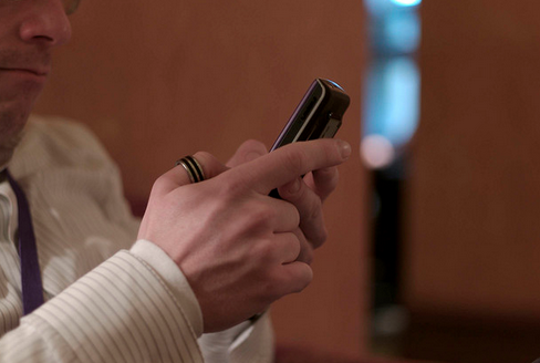 5 rules for texting anyone you do business with