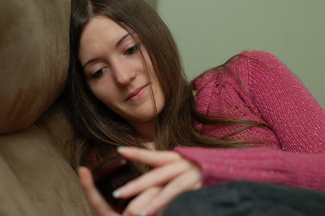 texting1.jpg