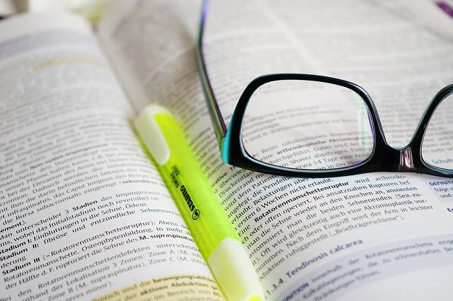 glasses_272399_640.jpg