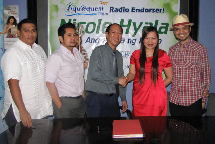 Nicole Hyala contract signing
