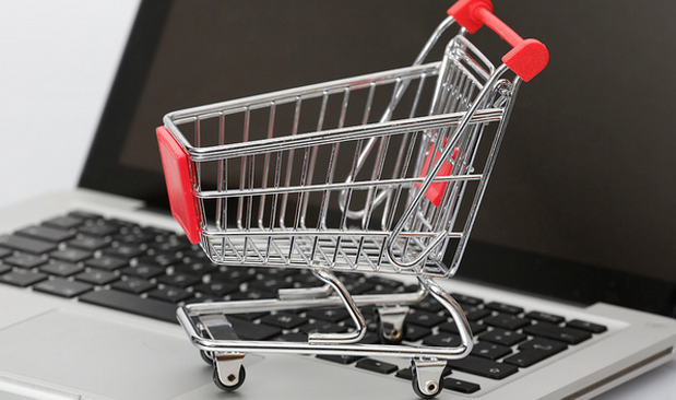 6 proactive ways to protect yourself while shopping online