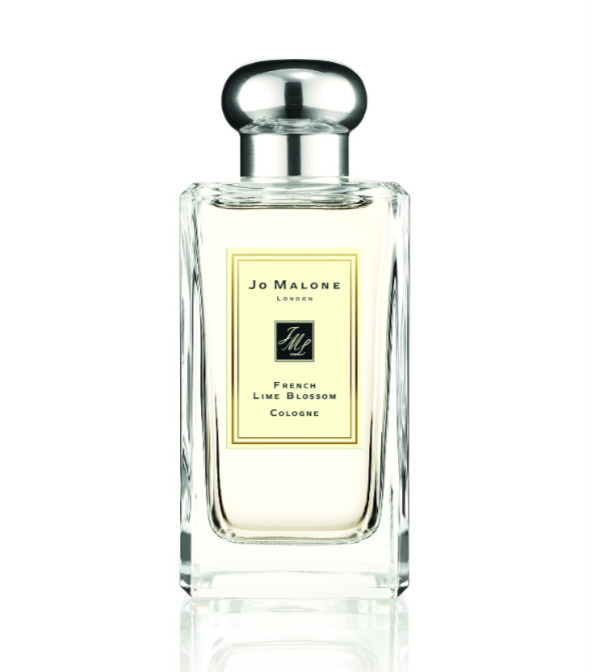 Smells Like Hotels And Soap Best Worn Under A Stronger Scent To Create Complexity Will Help You Feel Fresh All Day