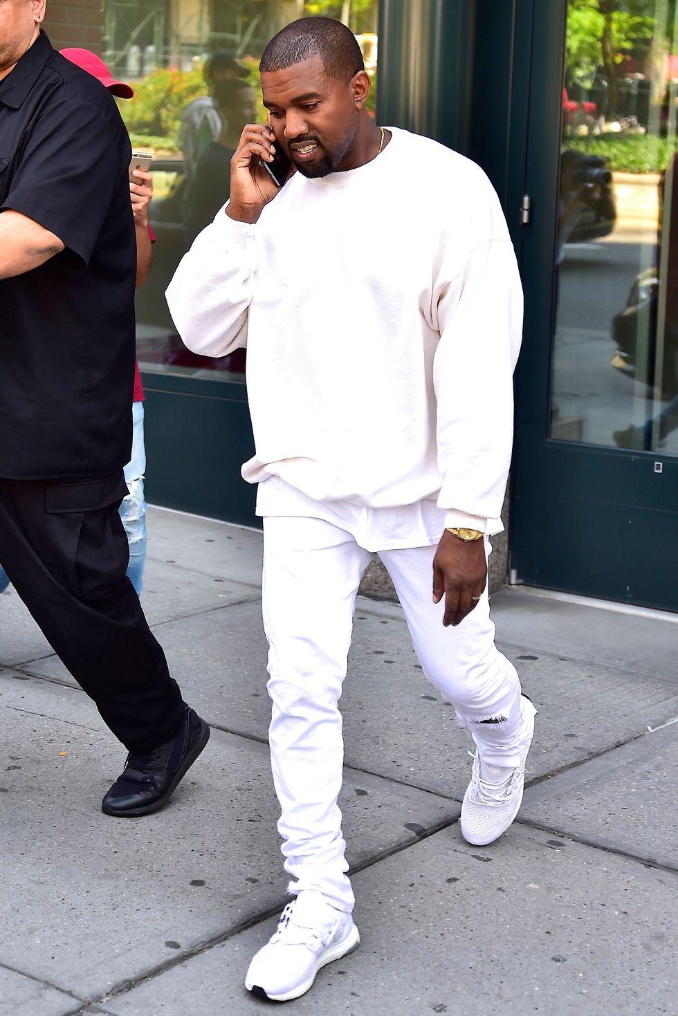 15e0bdd63b959 12 Times Kanye West Was a Genre-Bending Street Style Master