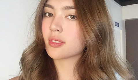 how to make foundation look more natural