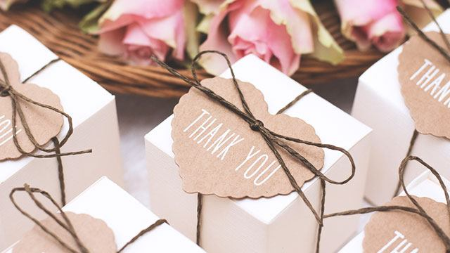 The Best Souvenir Ideas Your Wedding Sponsors Can Reciate